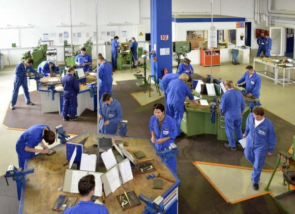 Lloyd Werft's Training Center Fully Booked