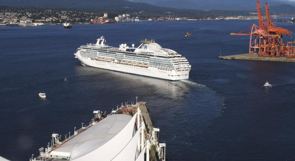 Vancouver: Canada Place To Open Virtual Flight Attraction