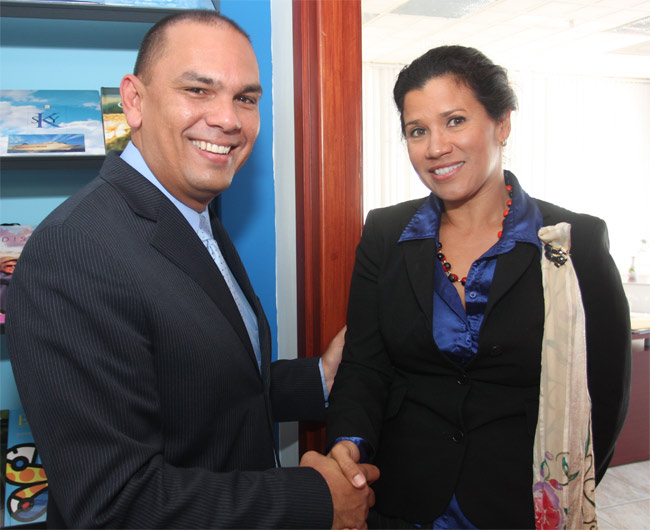 New Minister Welcomed By Aruba Cruise Tourism Cruise