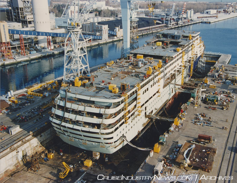 Afbeeldingsresultaat voor The Statendam under construction at Fincantieri in 1992