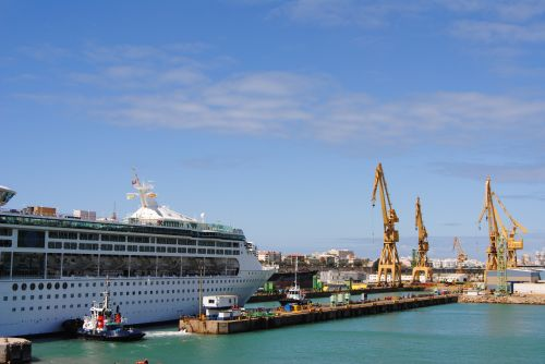 http://www.cruiseindustrynews.com/images/stories/wire/2012/april/low_Imagen_103.jpg