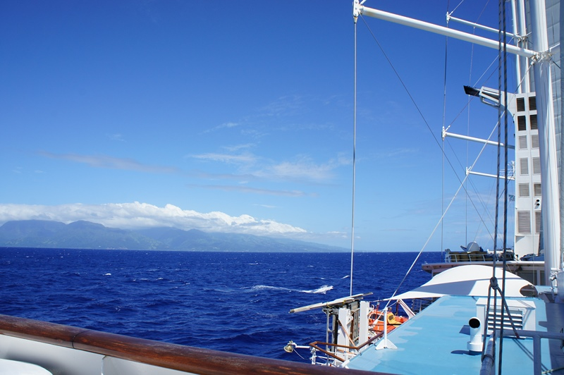 WIND SPIRIT - APPROACHING TAHITI