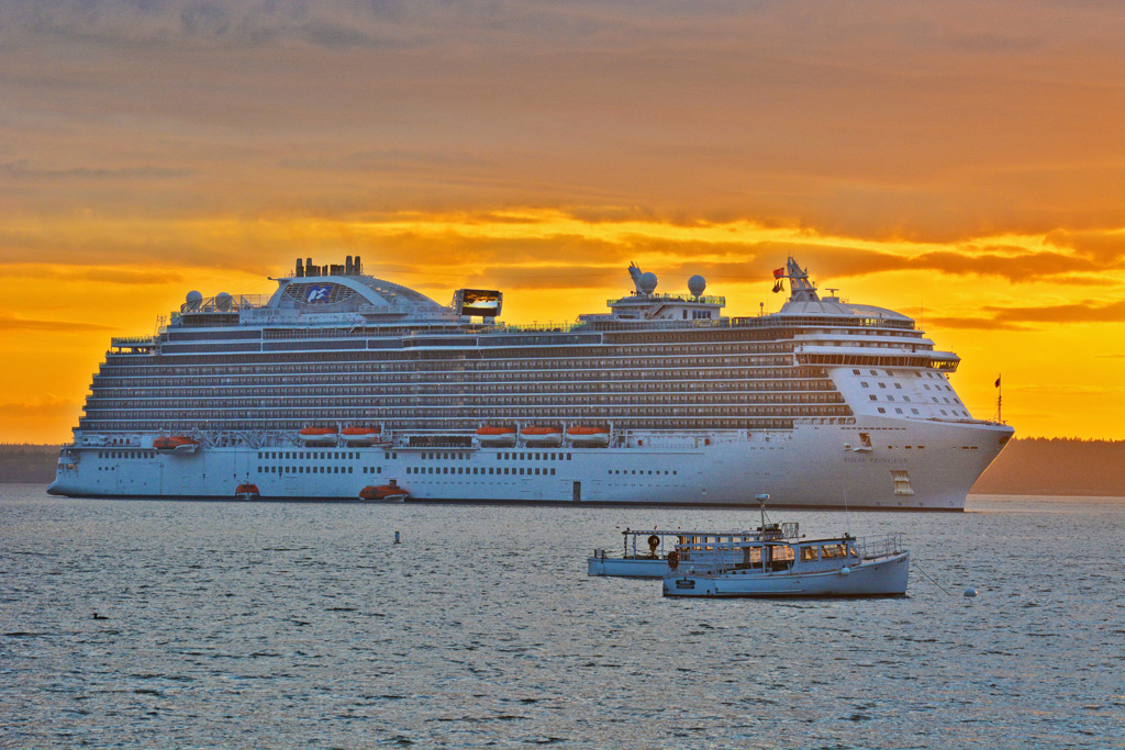 Bar Harbor Residents Vote In Favor Of Cruise Cruise Industry - Cruise ship bar harbor