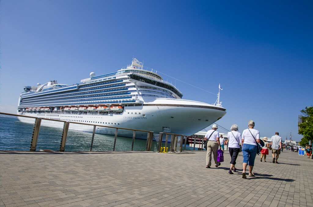 San Diego Reaches To Ship Mark Cruise Industry News Cruise - Cruise ships in san diego