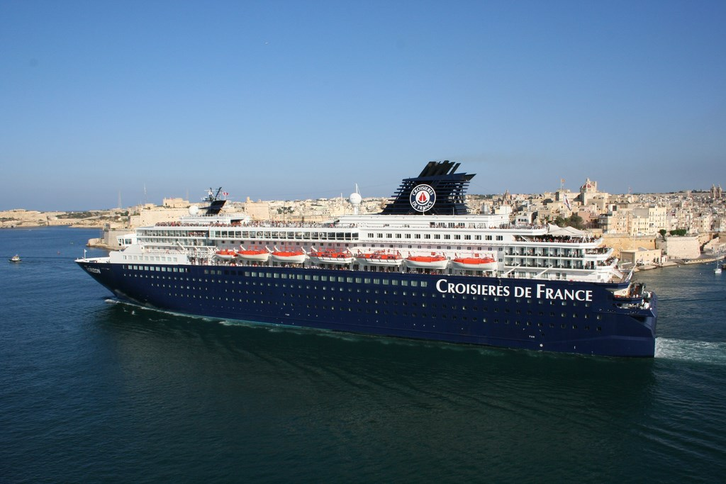 Pullmantur to Sail Winter Canary Islands Program