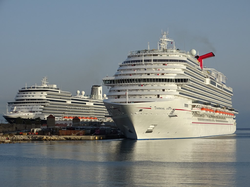Carnival corp to make major announcement at ces cruise industry news cruise news