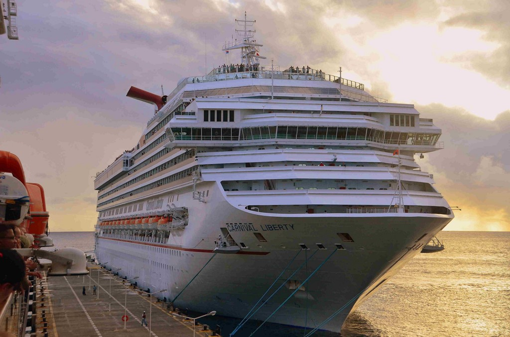 Despite Hurricanes, Carnival Corp.'s 2017 Earnings Beat Forecast