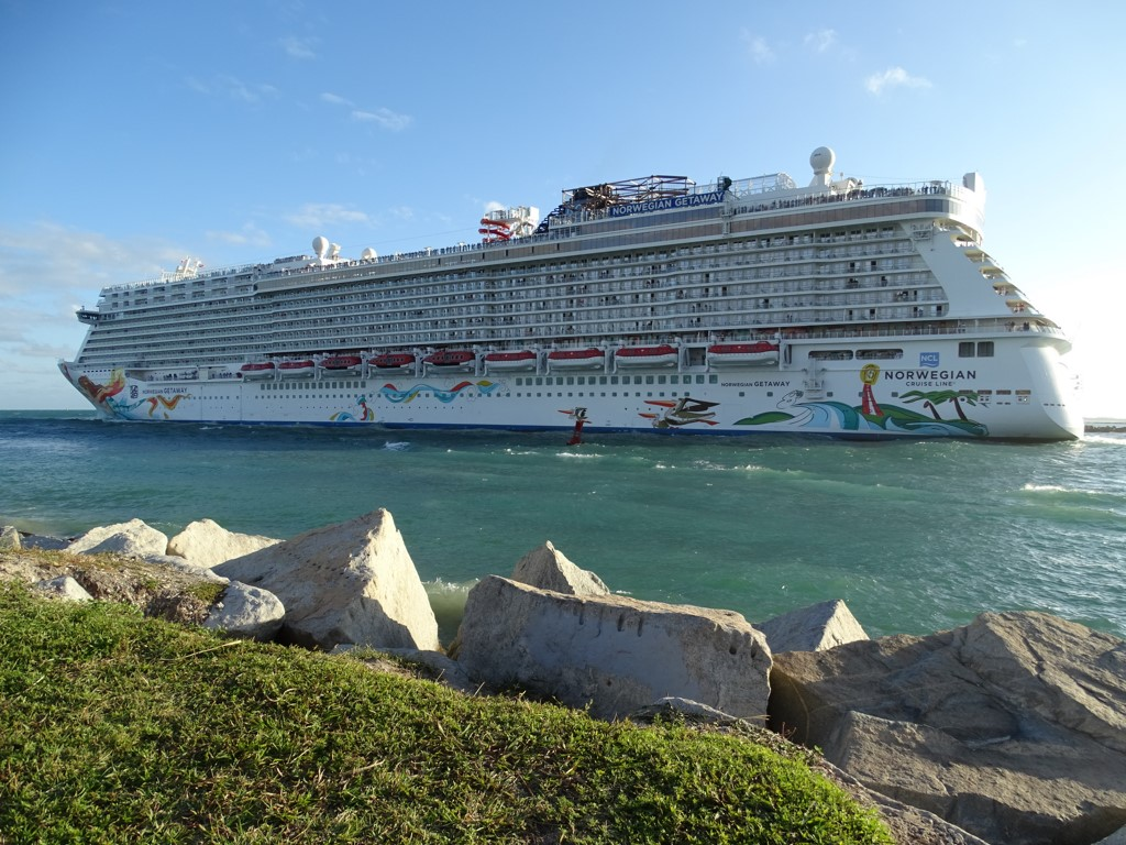 Norwegian Cruise Line (NCLH) Receives Daily Coverage Optimism Score of 0.12