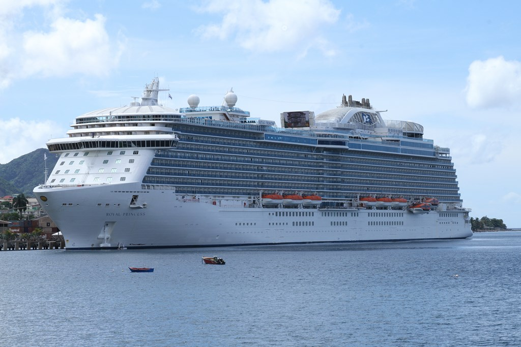Carnival Orders Ships For Princess And Holland America