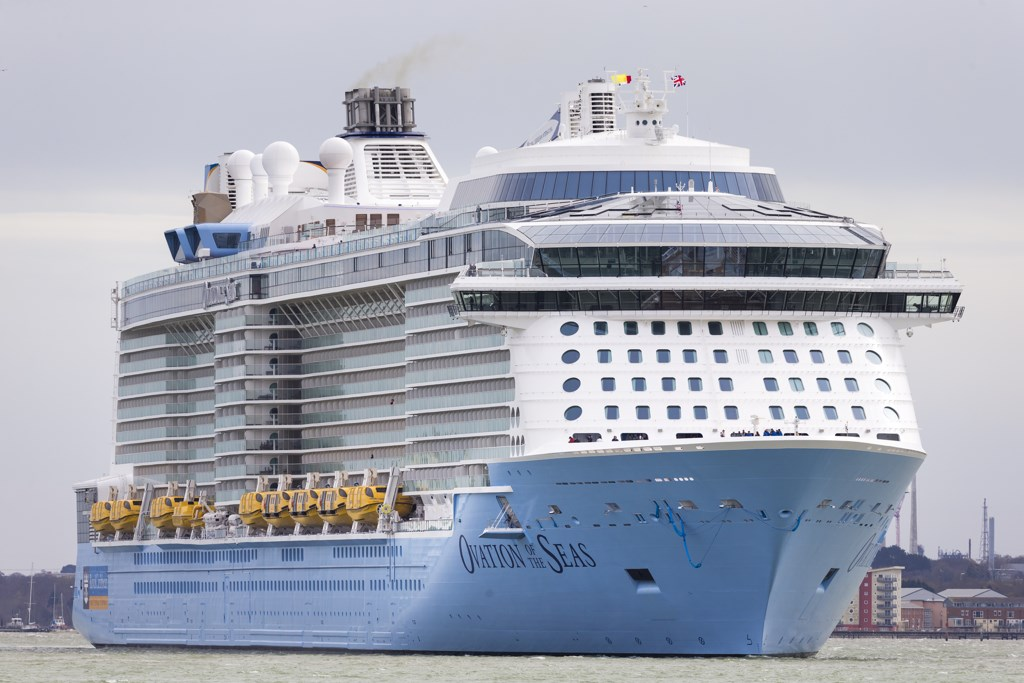 Royal Caribbean tops Street 2Q forecasts