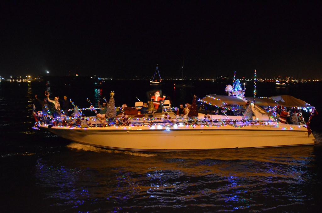 San Diego Bay Parade Of Lights Extraordinary San Diego Bay Parade Of Lights Cruise Industry News Cruise News