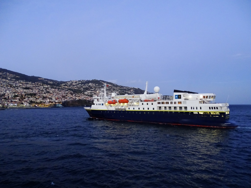Lindblad Expeditions Expands Partnership With National
