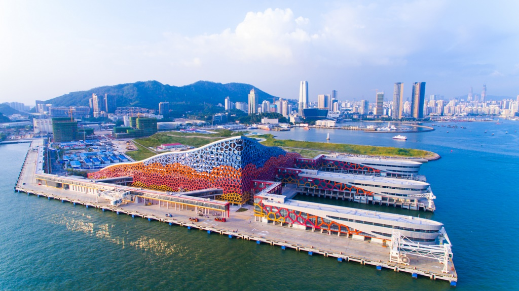 World Dream Marks First Sailing from Shenzhen Homeport