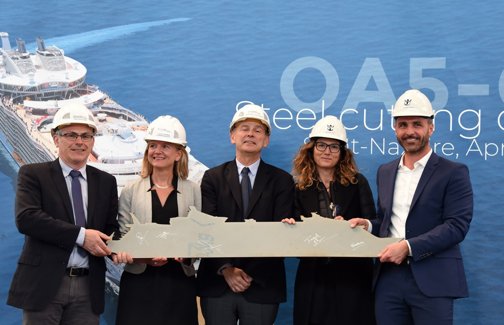 Pictured from left to right : Jean-Yves Jaouen, SVP, Operations, Chantiers de l'Atlantique; Florence Mauduit, Oasis Contract Director, Chantiers de l'Atlantique; Laurent Castaing, General Manager, Chantiers de l'Atlantique; Beatrice Siri, Associate Vice-President, Architectural Design and Outfitting, Royal Caribbean; Joseph Pineau, Directo,r Newbuid, Royal Caribbean