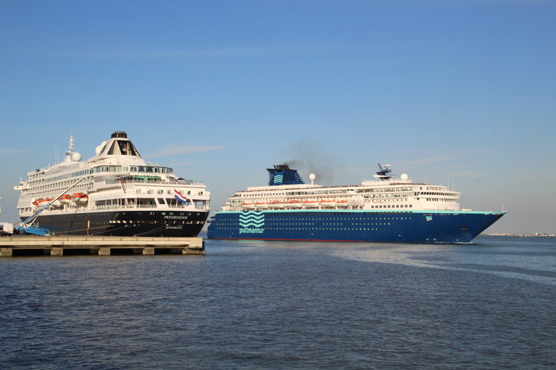 Prinsendam and Zenith