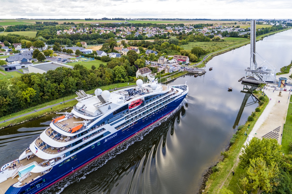Caen Welcomes Small Ships, Adds Electric Bus for 2020