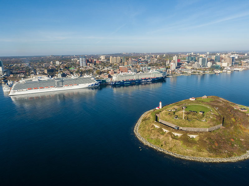 Canada extends ban on large cruise ships through to the fall | Urbanized