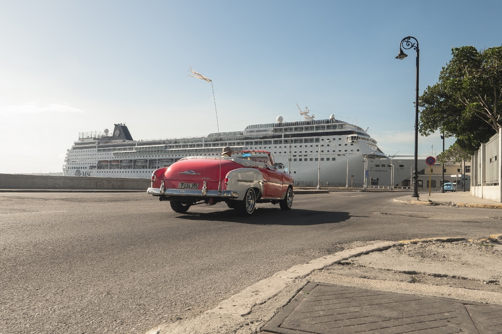 Cruises to Cuba Are Banned, But the Ships Sail On