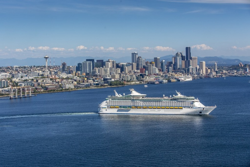 Explorer of the Seas leaving Seattle