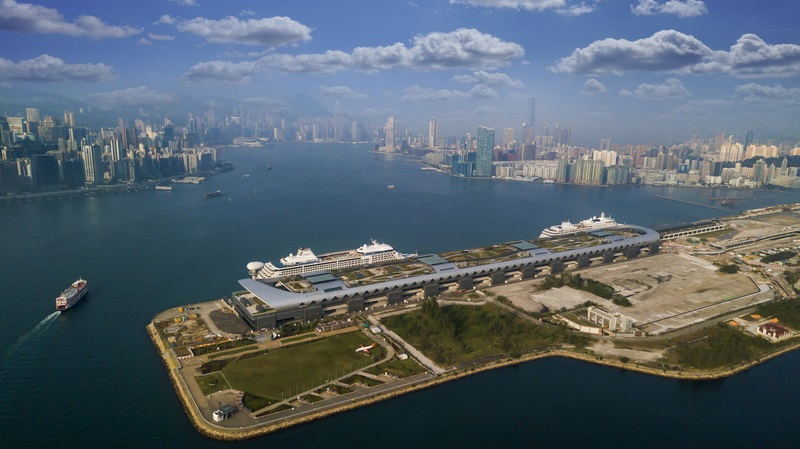 A double luxury call at Kai Tak with Silversea and Regent ships visiting Hong Kong.