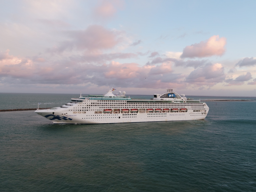 Carnival loses US$1.9B, but says 2022 demand is high
