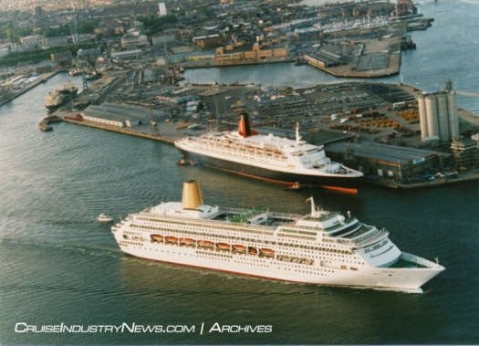 P&O's new Oriana passing Cunard's Queen Elizabeth 2, Eastern Docks, ABP Southampton, May 1995.