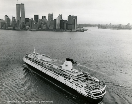 Westerdam sailing into New York