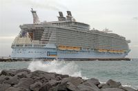Royal Caribbean Cruises Ltd. (NYSE, OSE: RCL) announced today that it has executed a contract with STX France to construct a third Oasis-class vessel for delivery in mid-2016.  This order is consistent with the plan announced by the company in October to build a sister-ship to the very successful Oasis of the Seas and Allure of the Seas. (photo: Oliver Asmussen)