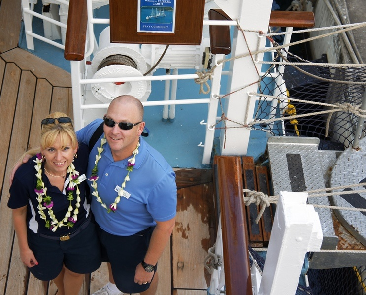 WIND SPIRIT - AMANDA (GUEST SERVICES MANAGER) AND STEVE MILLER (DESTINATIONS MANAGER)