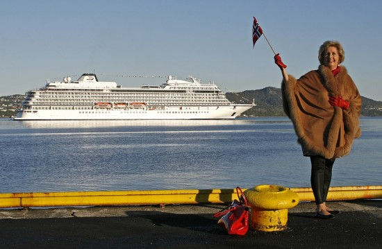 Trude Drevland with the Viking Star in Bergen (photo: Erik Ask)