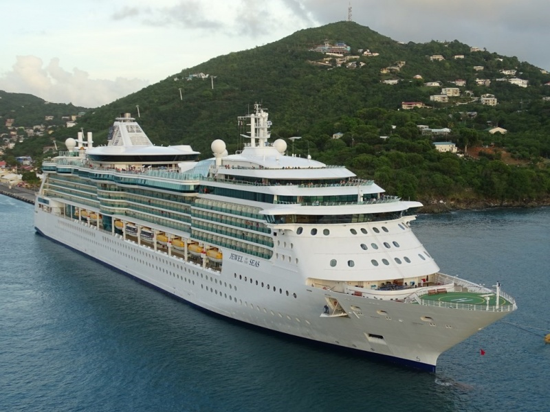 Jewel of the Seas in St. Thomas