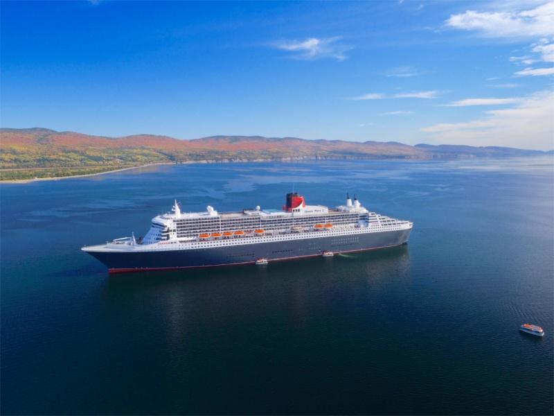 Queen Mary 2 in Gaspe (Photo: Cruise the Saint Lawrence)