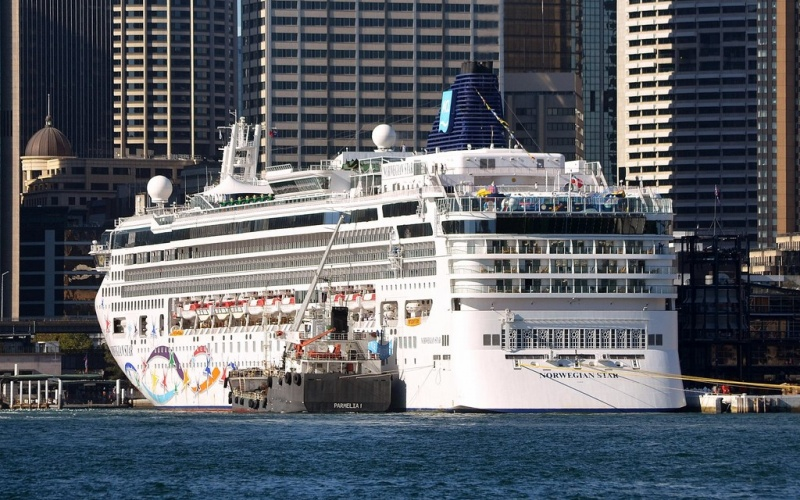 The Norwegian Star in Sydney, Australia. Photo: Clyde Dickens
