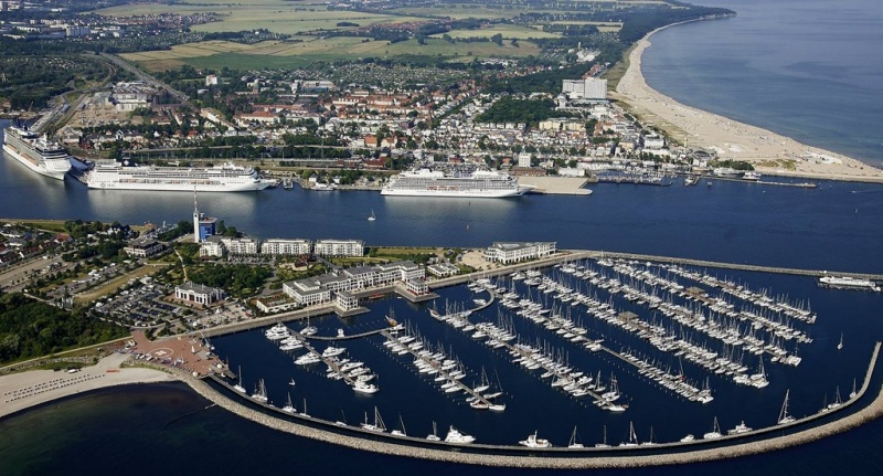 Cruise ships in Rostock (photo: Rostock Port / nordlicht)