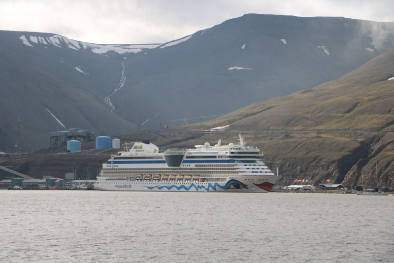 The 2,100-passenger AIDAluna in Longyearbyen on July 21