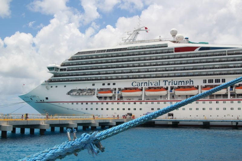 Difference between carnival cruise ships - Difference between starboard and port ...
