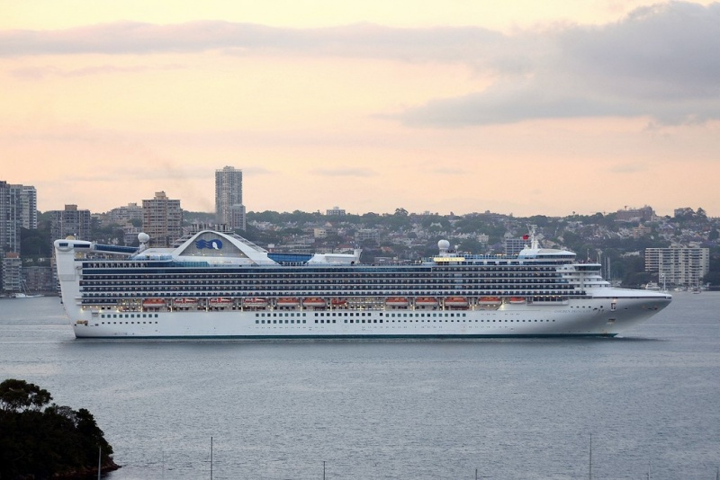 Golden Princess in Australia (Photo: Clyde Dickens)