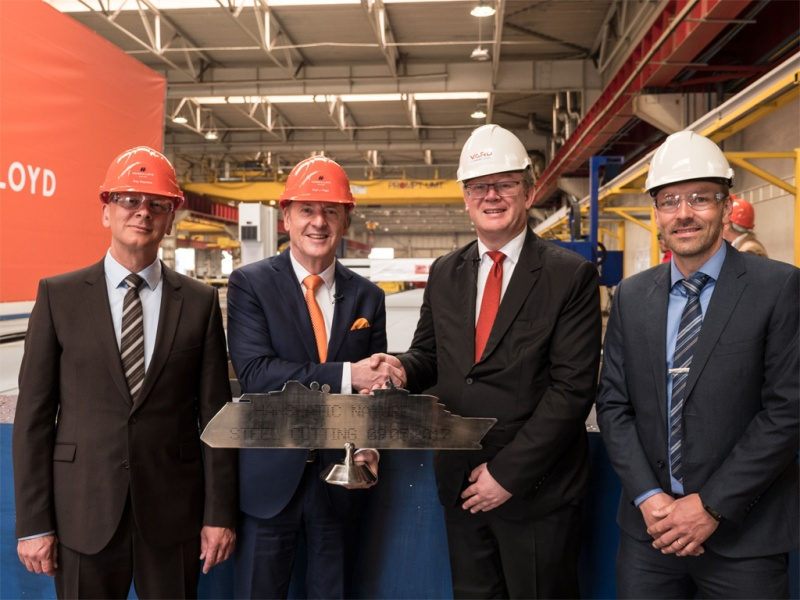 Hapag-Lloyd Steel Cutting