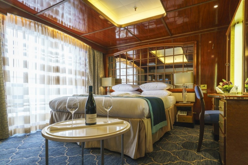 Deluxe Suite aboard Sea Spirit