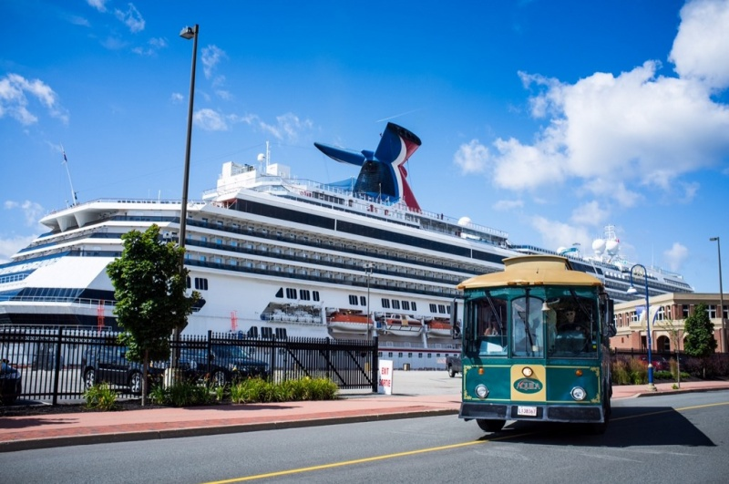 Carnival Splendor in Saint John