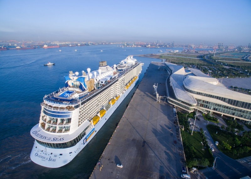 The Ovation of the Seas in Tianjin