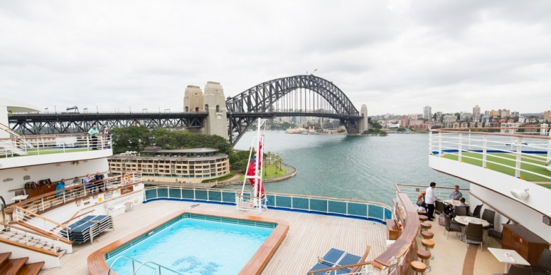 Emerald Princess in Sydney Harbour