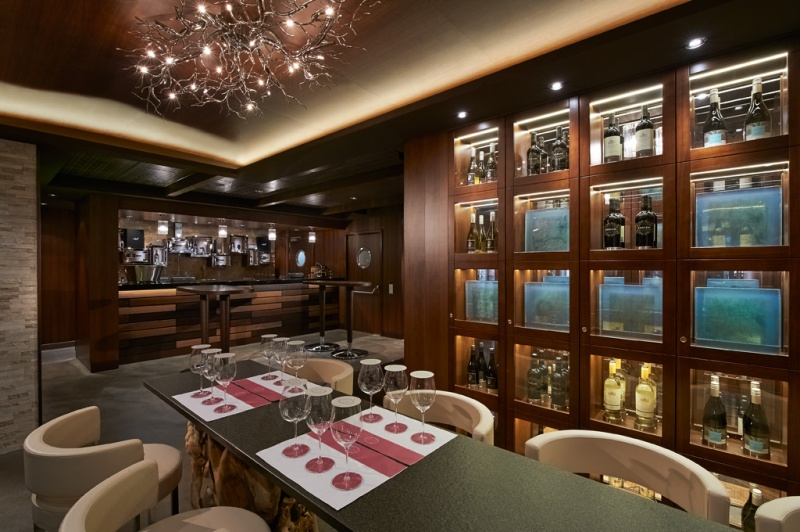 The Cellars Wine Bar Aboard Norwegian Escape