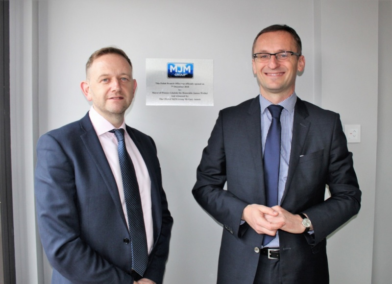 Pictured at the official opening are (l to r) MJM Group CEO, Gary Annett and Mayor of Pruszcz Gdański, Mr Janusz Wróbel.