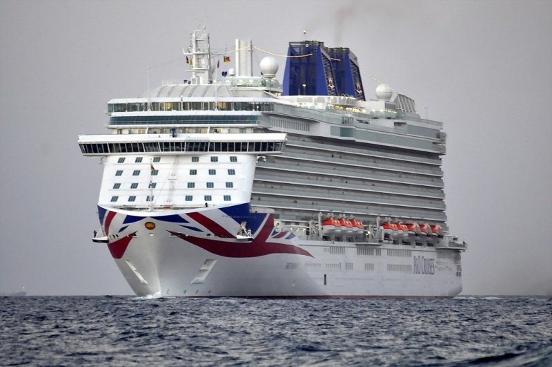 P&O Cruises Britannia (Photo: Cees Bustraan)
