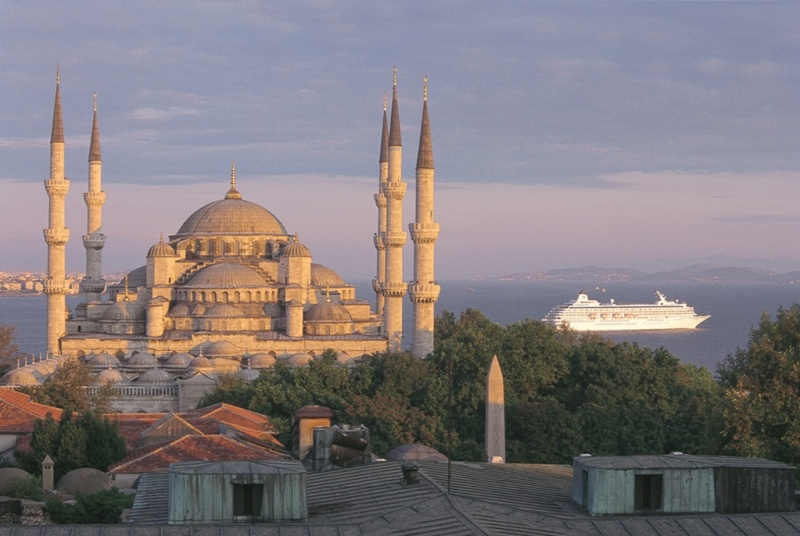 Iconic sights in Istanbul, Turkey