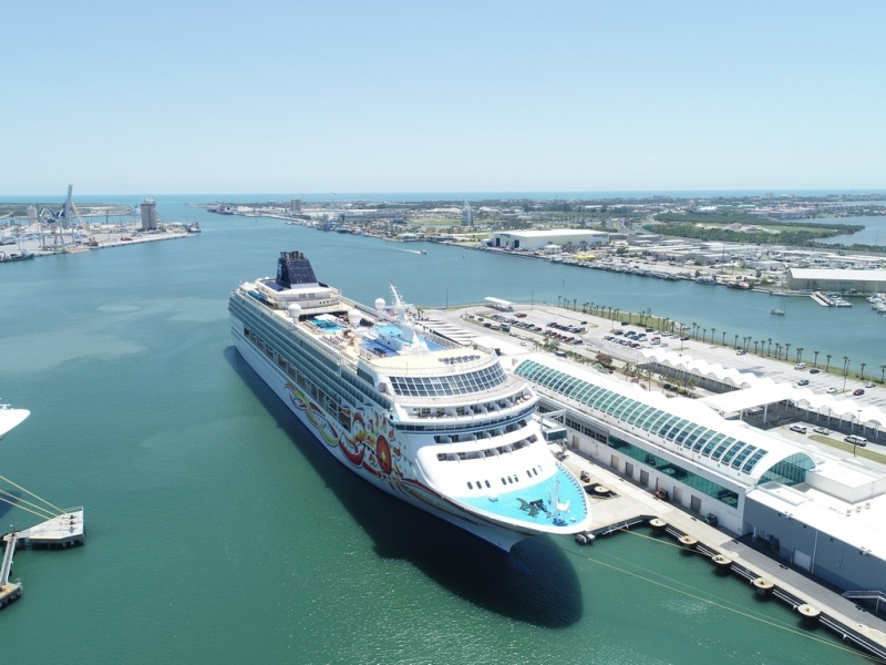 Norwegian Sun in Port Canaveral