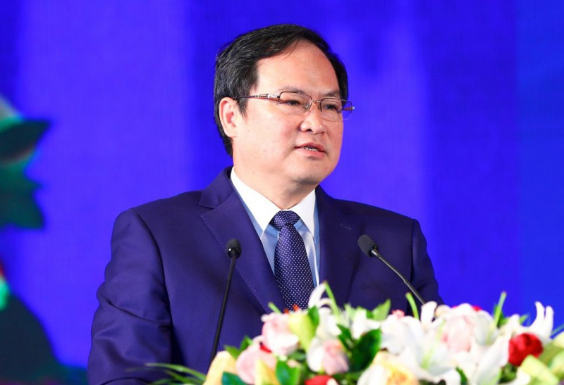 Jincheng Yang, general manager