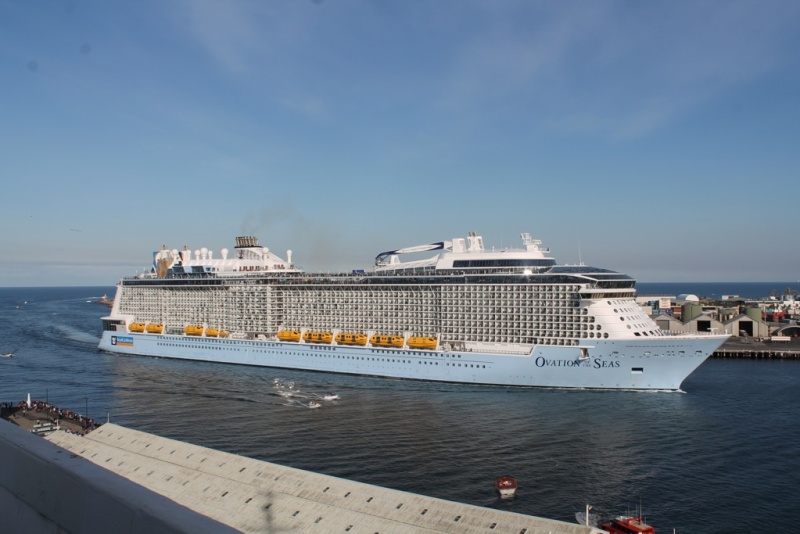 Ovation of the Seas in Fremantle, Western Australia