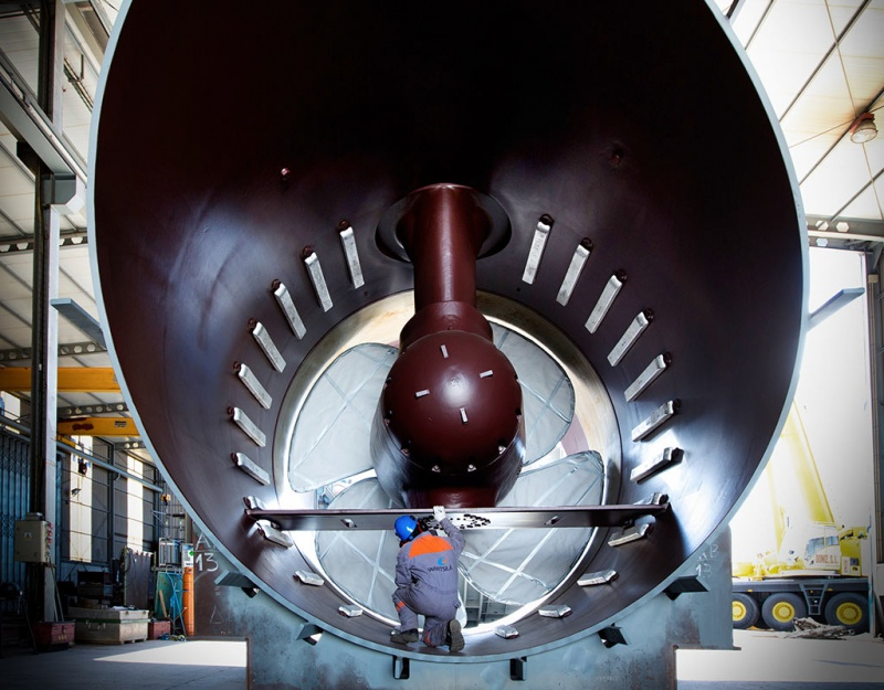 The power rating of up to 5500 kW provides the Wärtsilä WTT series of thrusters with the thrust needed for outstanding manoeuvrability.